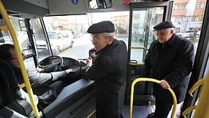 Belediyelerden 65 yaş üstüne ücretsiz ulaşımı durdurma kararı