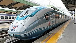 Türkiye'de tüm yüksek hızlı tren seferleri durduruldu.