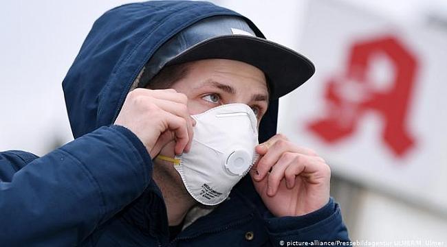 Maske hangi malzemeden yapılır?