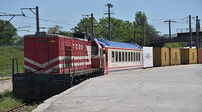 Marmaray'dan geçen ilk yurt içi yük treni Tekirdağ'a ulaştı