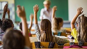 Hükümetten kaynaklar Reuters'a konuştu: Okulların açılması için tek şart...