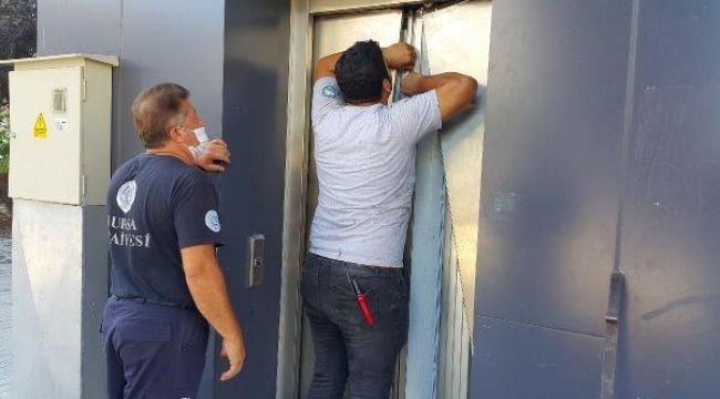 Son dakika... Bayram gezmesine çıkan 2 çocuk, asansörde mahsur kaldı