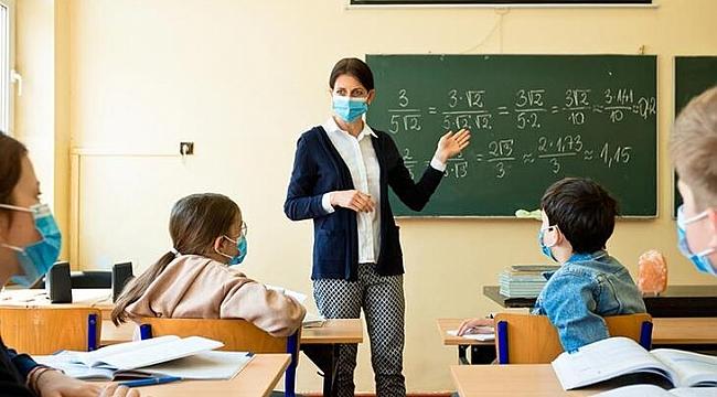 İlk ve Ortaokullarda ders saati sınırlaması kalktı. Ek dersler ödenecek